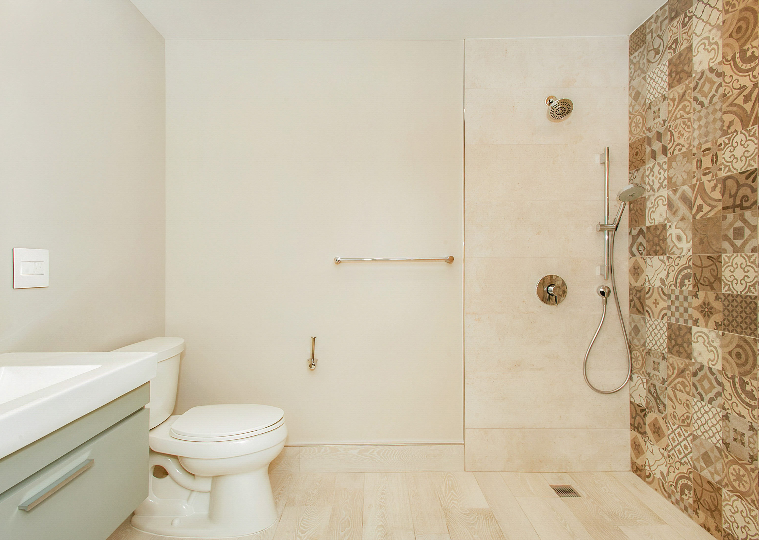 Kitchen, living room and bathroom renovations & fireplace refacing ...